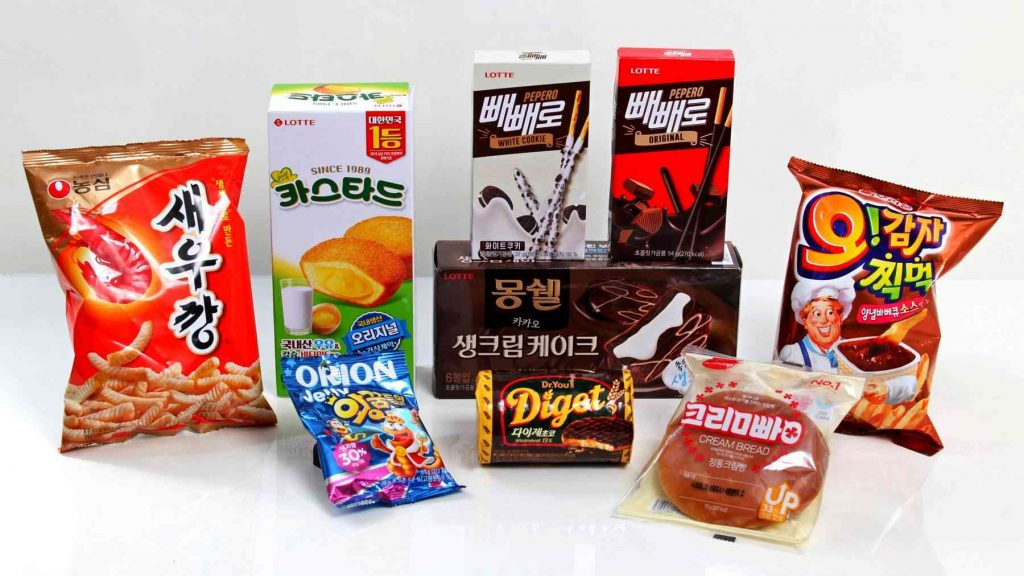 A picture of chips and sweets from a convenience store in South Korea.