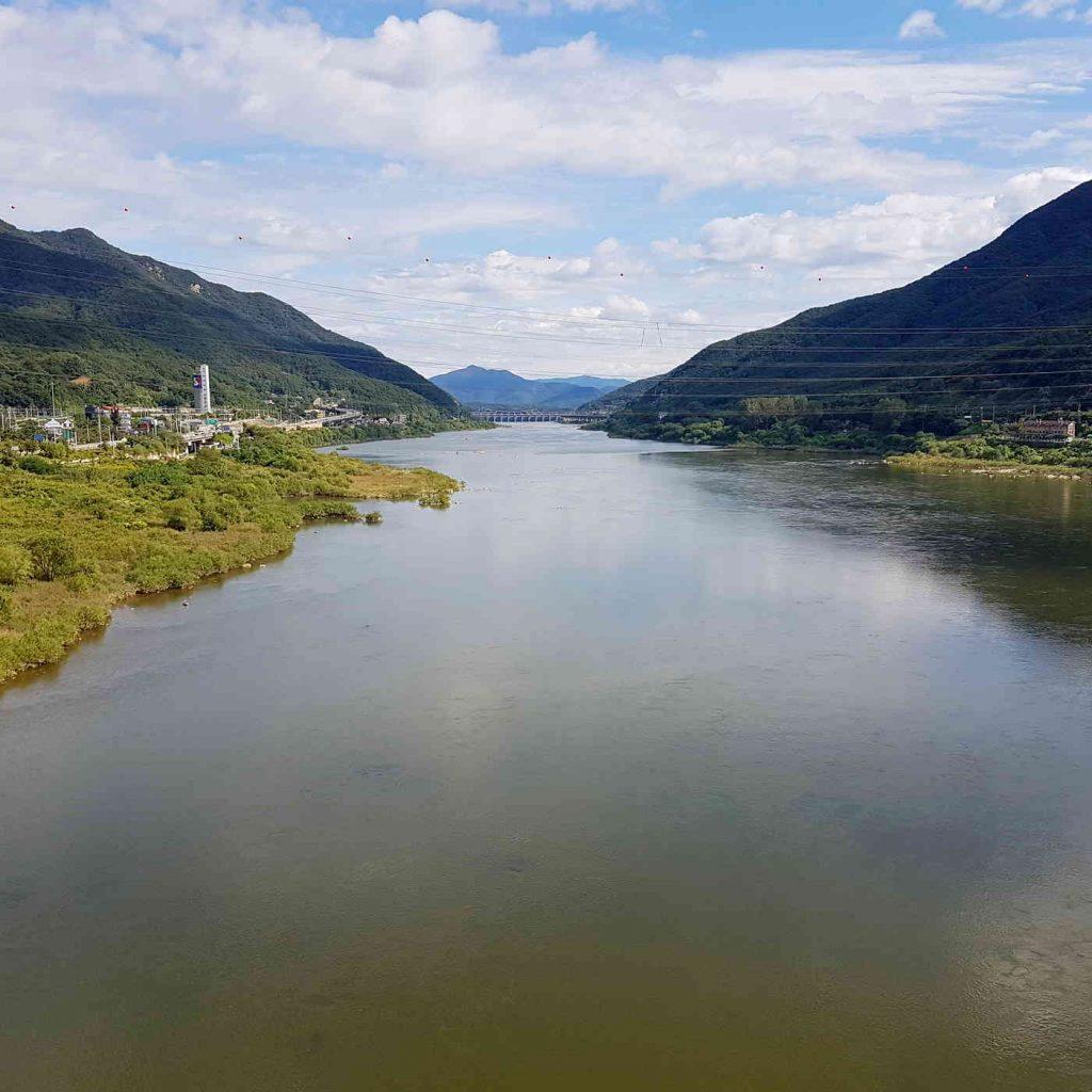 The Han River from Paldang Bridge (팔당대교) in the City of Hanam.