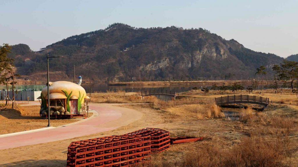 A campsite near the city of Sangju on the Cross-Country Bike Route in South Korea.