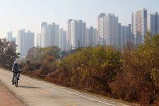 Ocheon Bike Path - Jeungpyeong Sejong - Cheongju Apartments and Bike Path