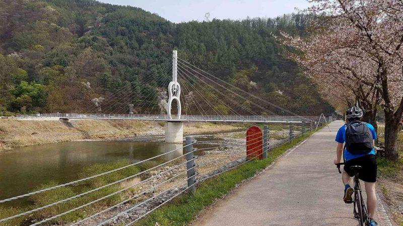 Chuncheon ⟷ Hanam Guitar Bridge Rider Path