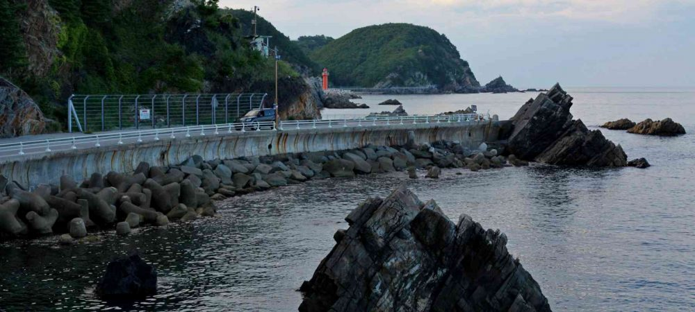 Donghae ⟷ Gangneung Road Sea Rocks
