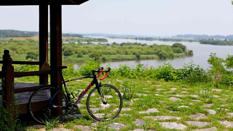 Geumgang Bike Path - Buyeo Gunsan - Bike and Gazebo Geum River