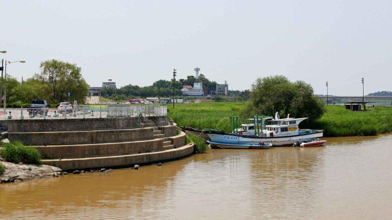 Geumgang Bike Path - Buyeo Gunsan - Nosan City Boats, Tower, Ship Cafe