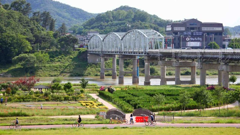 Geumgang Bike Path - Daejeon Buyeo - Bridge Across River