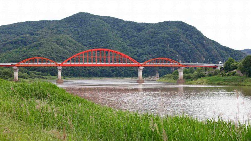 Geumgang Bike Path - Daejeon Buyeo - Bulti Bridge Across Geum River
