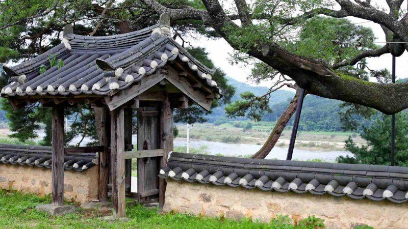 Nakdonggang Bike Path - Andong Sangju - River from Pavilion Gate 2