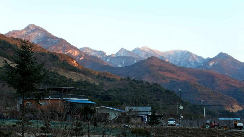 Saejae-Bike-Path-Chungju-Sangju-Bike-Mountain-Sunset-4