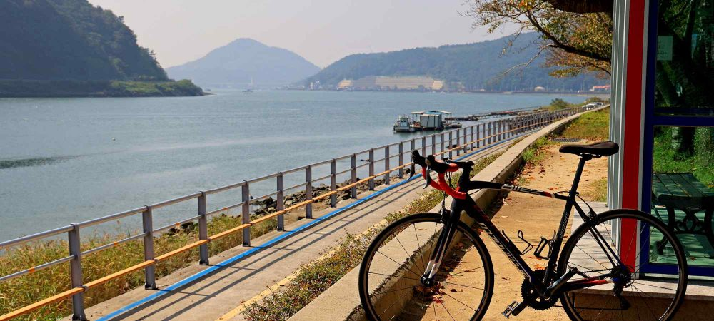 Seomjingang Bike Path - Gokseong Gwangyang - Gwangyang Bike Path and Bike near Baealdo Waterside Park