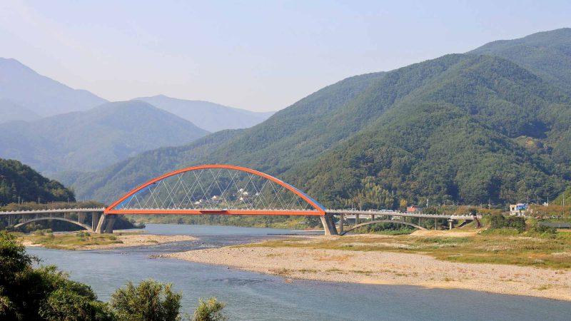 Seomjingang Bike Path - Gokseong Gwangyang - Namdodaegyo Bridge Far