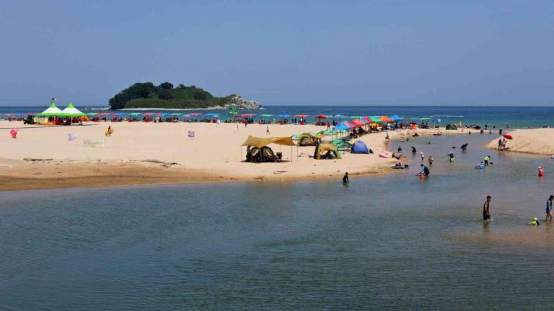 Sokcho ⟷ Daejin Beach and Island
