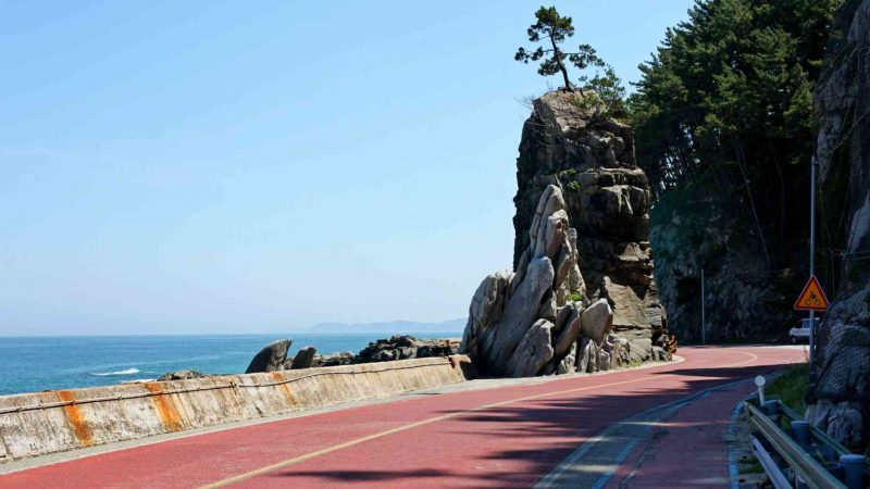 Yeongdeok ⟷ Uljin Vertical Rock 3